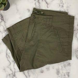 Prana Green Cargo Hiking Shorts Size 12